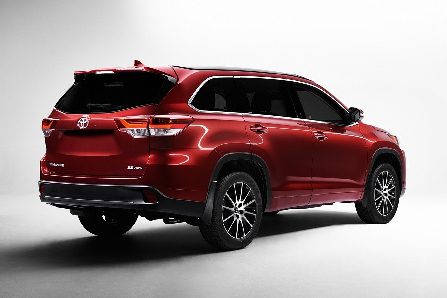 2017 Toyota Highlander @ Milton Toyota in Greater Toronto Area