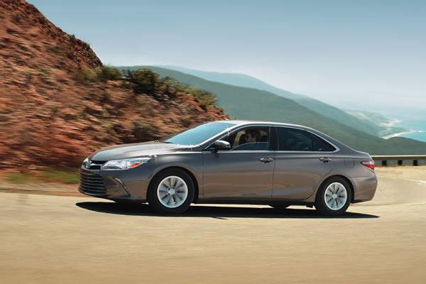 2017 Toyota Camry @ Milton Toyota in Greater Toronto Area