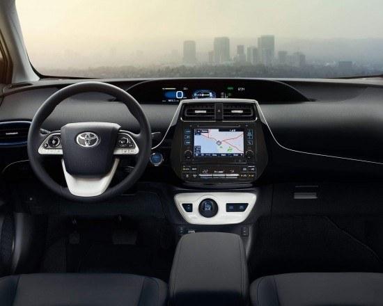 toyota-2017-prius-interior-dashboard-l