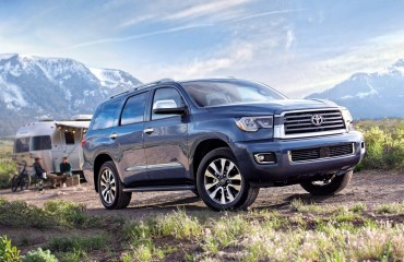 toyota-2018-sequoia-limited-shoreline-blue-pearl-l