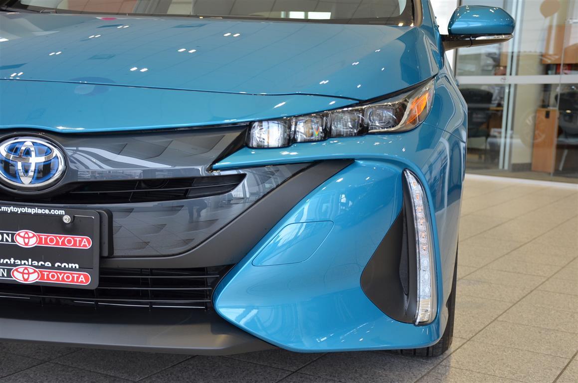 2018_Prius_Prime_Blue_Milton_Toyota (11)