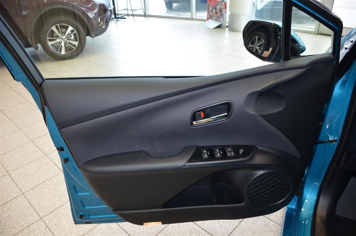 2018_Prius_Prime_Blue_Milton_Toyota (15)