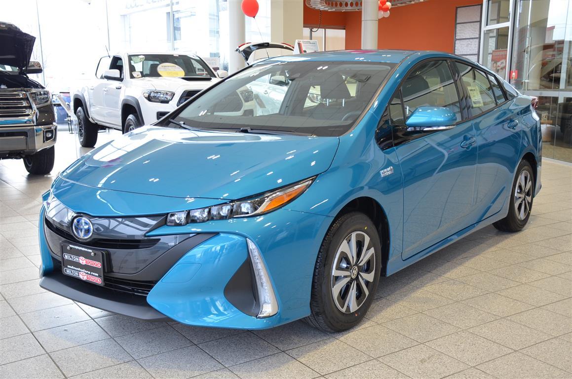 2018_Prius_Prime_Blue_Milton_Toyota (2)