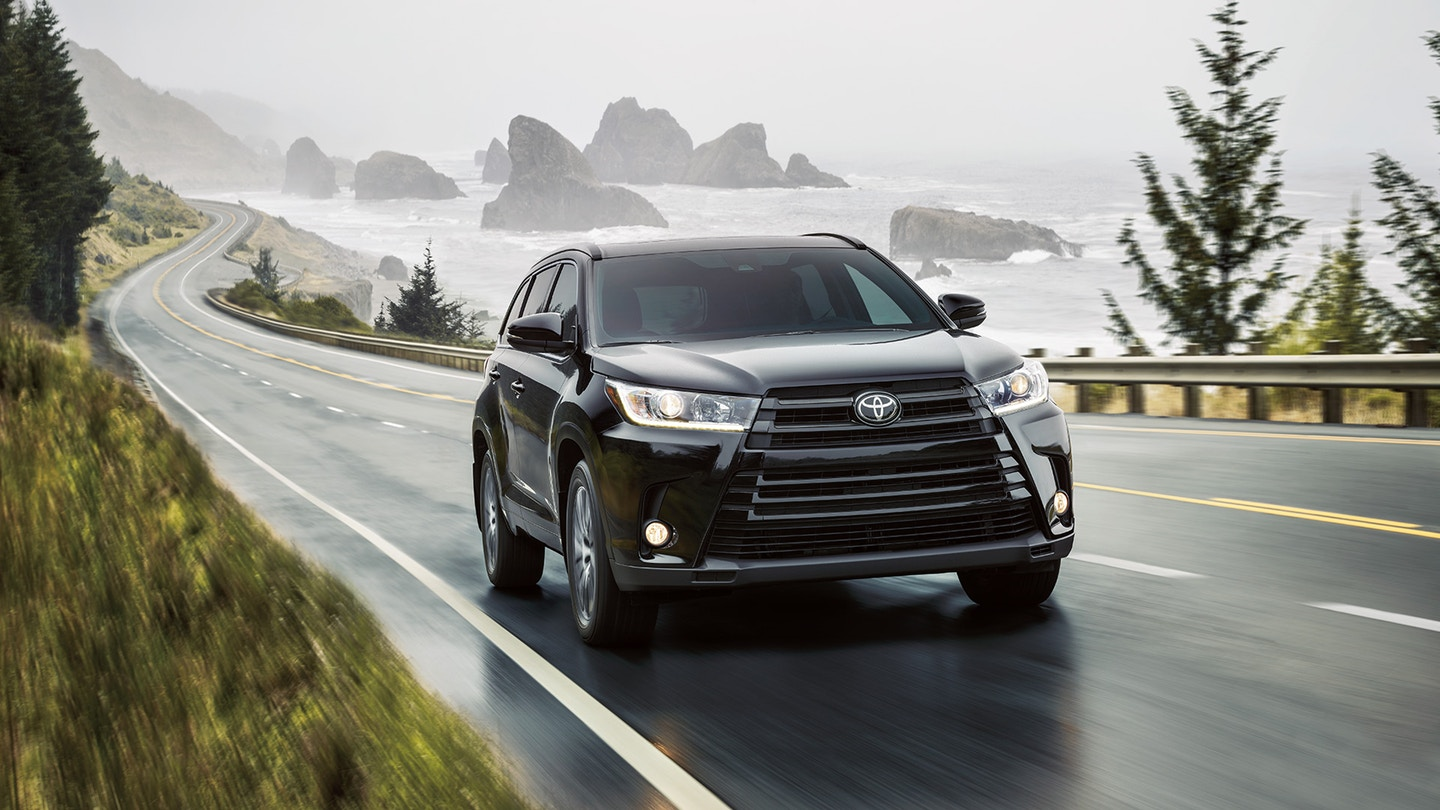 2018 Toyota Highlander On the Road @ Milton Toyota in Greater Toronto Area