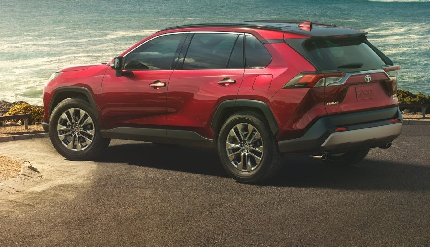 2019 Toyota RAV4 Side@ Milton Toyota in Greater Toronto Area
